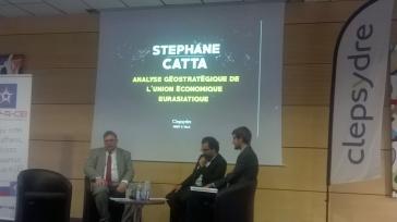S.E. Stéphane Catta interviewé par les étudiants à l'issue de sa conférence