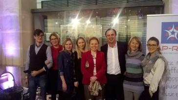 De gauche à droite, Mila Kasatkina, Elina Aguichina, Masha et Christophe Estrade, Guzel Aguichina